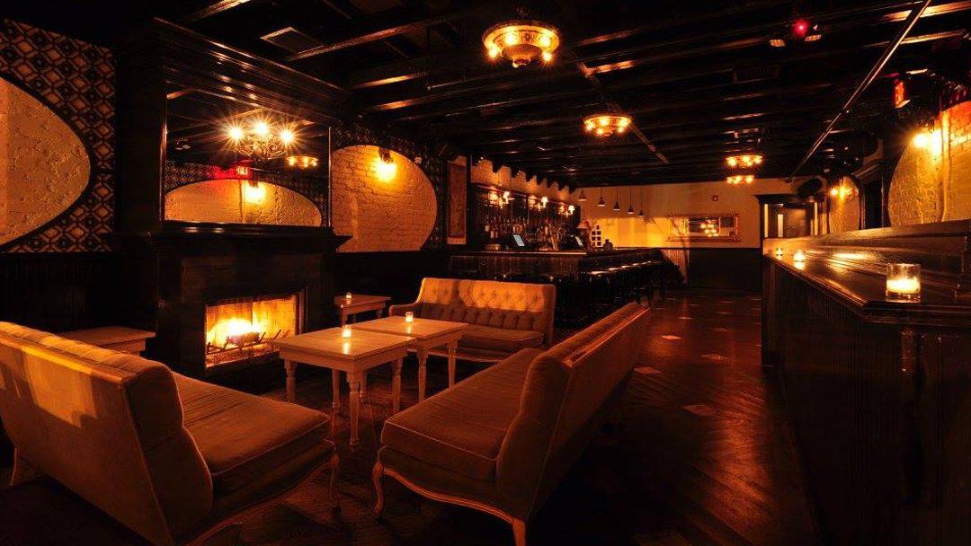 Ten Tigers Fireplace Lounge Petworth Smut Slam DC Venue